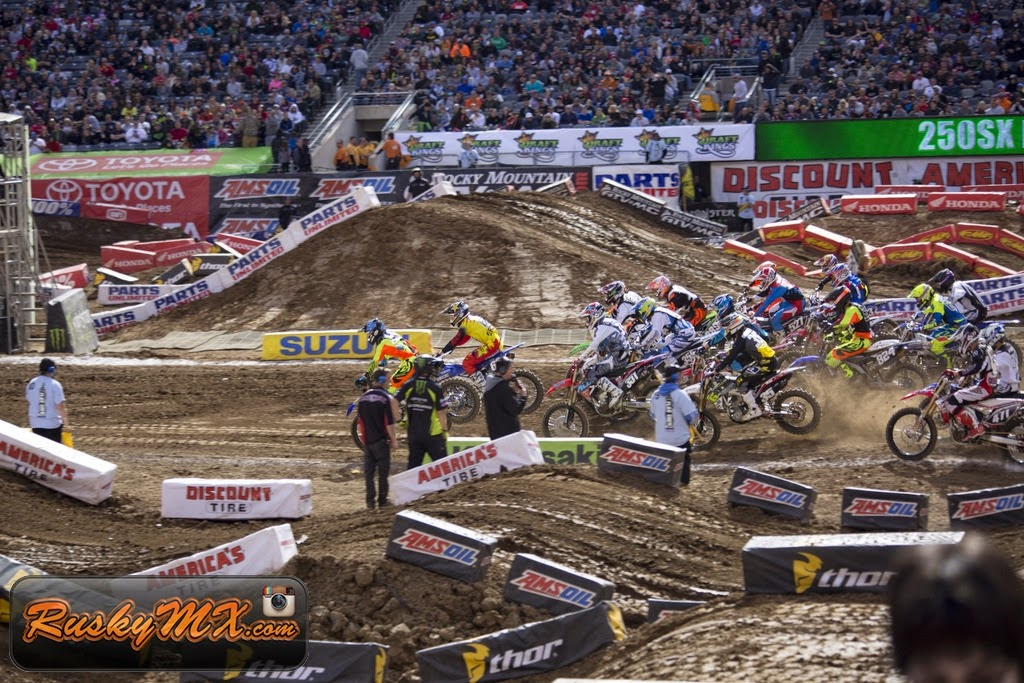 250 LCQ Start Metlife SX 2015