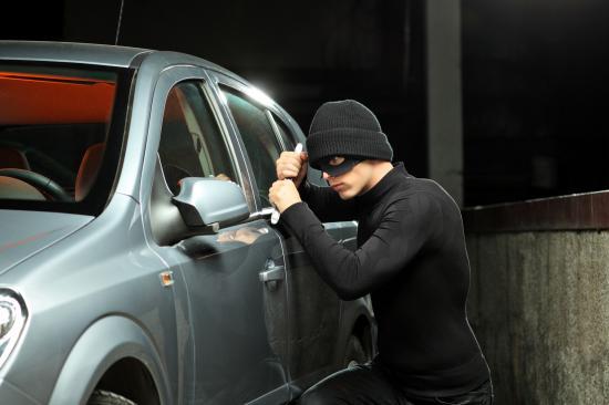 Chống trộm cắp vặt trên xe hơi mà bạn nên biết