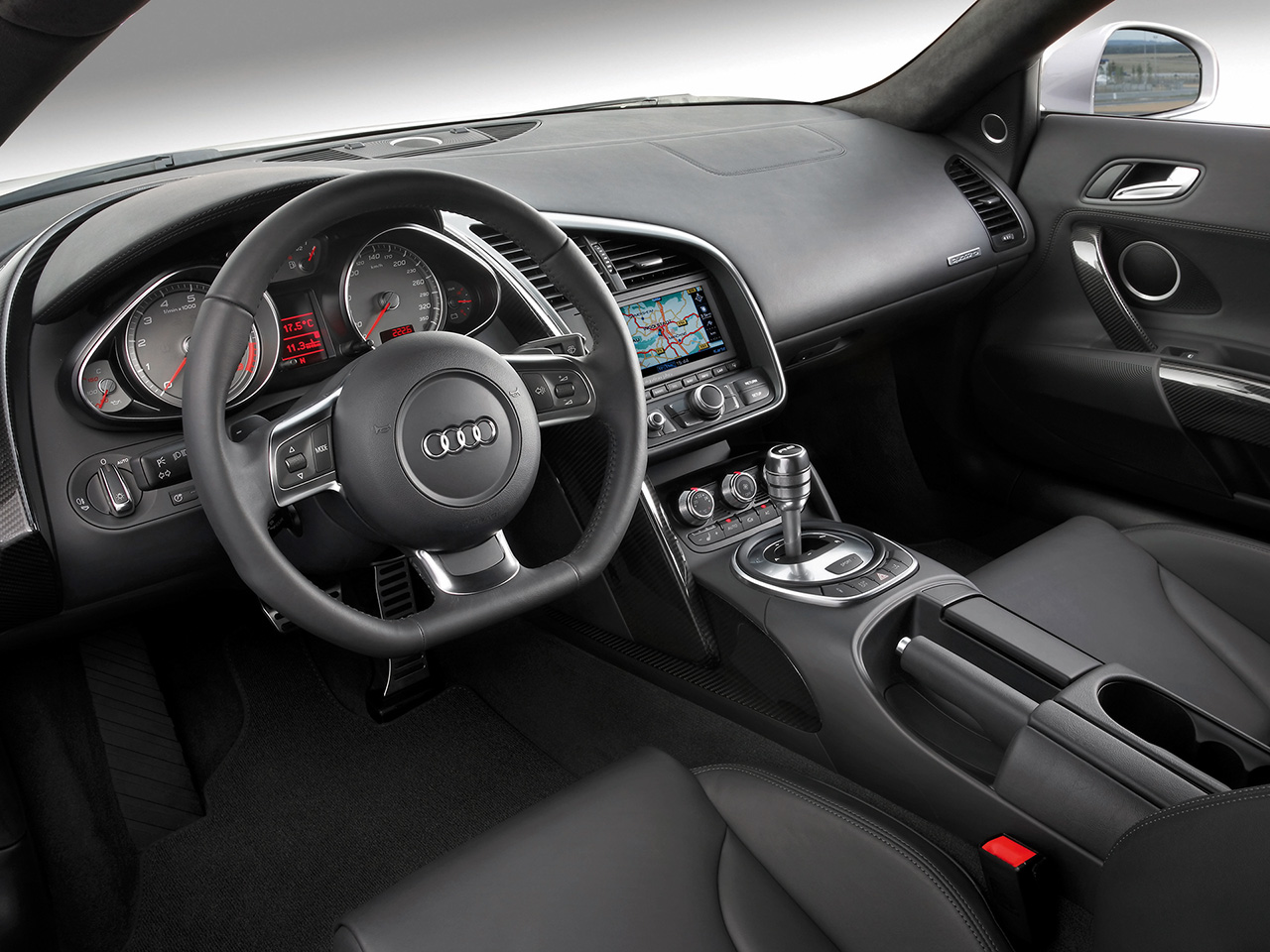 world of cars audi r8 interior. Black Bedroom Furniture Sets. Home Design Ideas