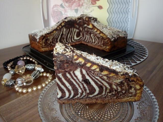 zebra na bialkach zebra z samych bialek ciasto marmurkowe ciasto bialo czarne ciasto dwukolorowe ciasto waniliowo czekoladowe