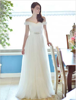 http://uk.millybridal.org/product/a-line-off-the-shoulder-tulle-floor-length-beading-wedding-dresses-10889.html?utm_source=minipost&utm_medium=2368&utm_campaign=blog