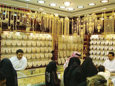 عاجل:مؤشرات بقبول شهر رمضان الكريم داخل سوق الذهب الكويتى