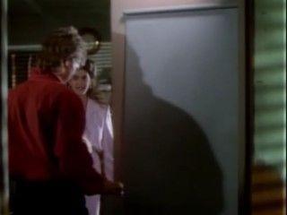 MacGyver - Season 4 Episode 01: The Secret of Parker House