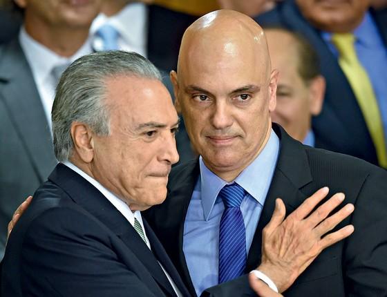 Ele ainda era secretário de segurança de Alckmin, em abril de 2016, quando o então vice Michel Temer o chamou para resolver um probleminha. O celular de Marcela Temer, sua esposa, havia sido clonado. O ladrão acessara e-mails e fotos íntimas e pedia dinheiro para não divulgar os dados.