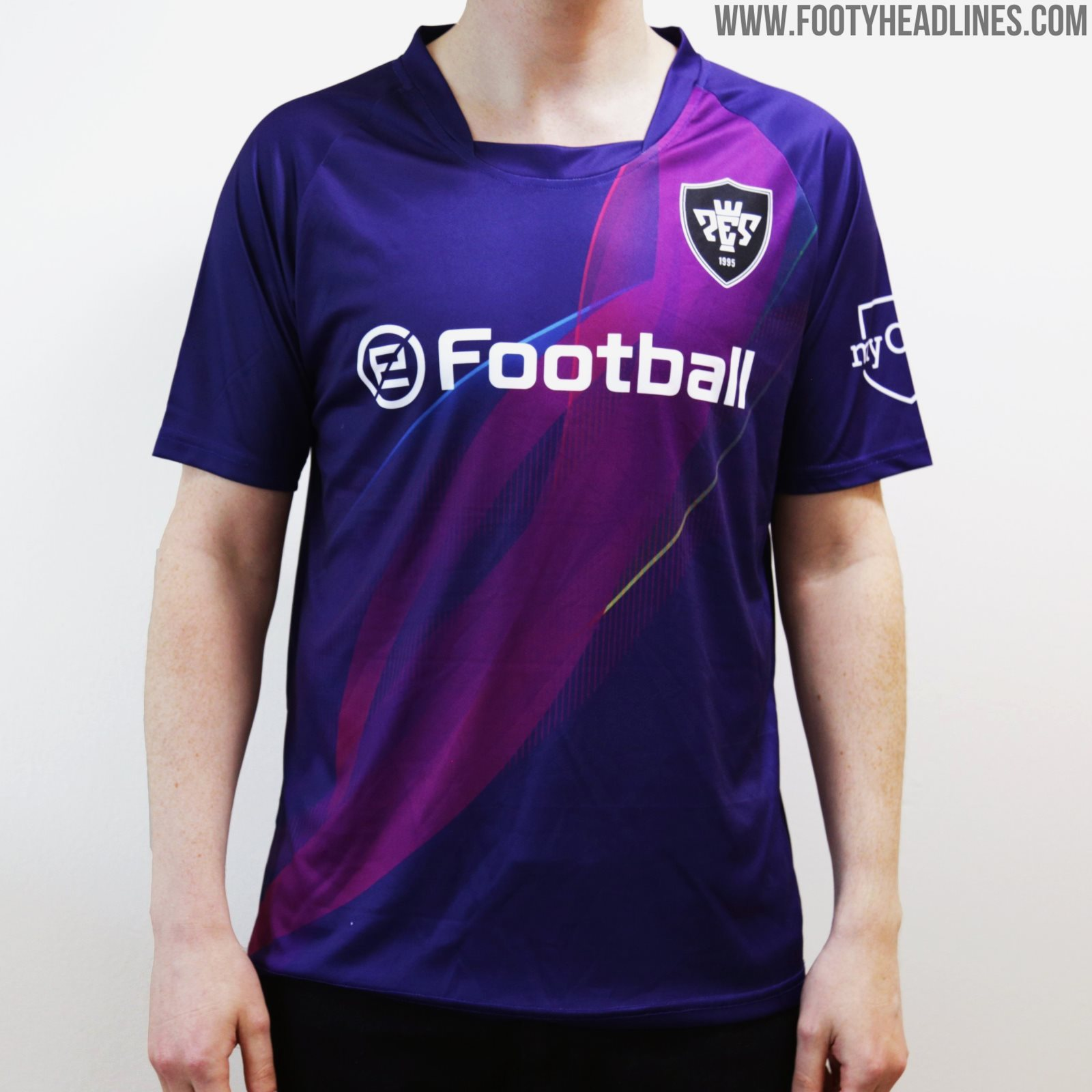 PES 2020 Football Kit Released - Free With Game Purchase on
