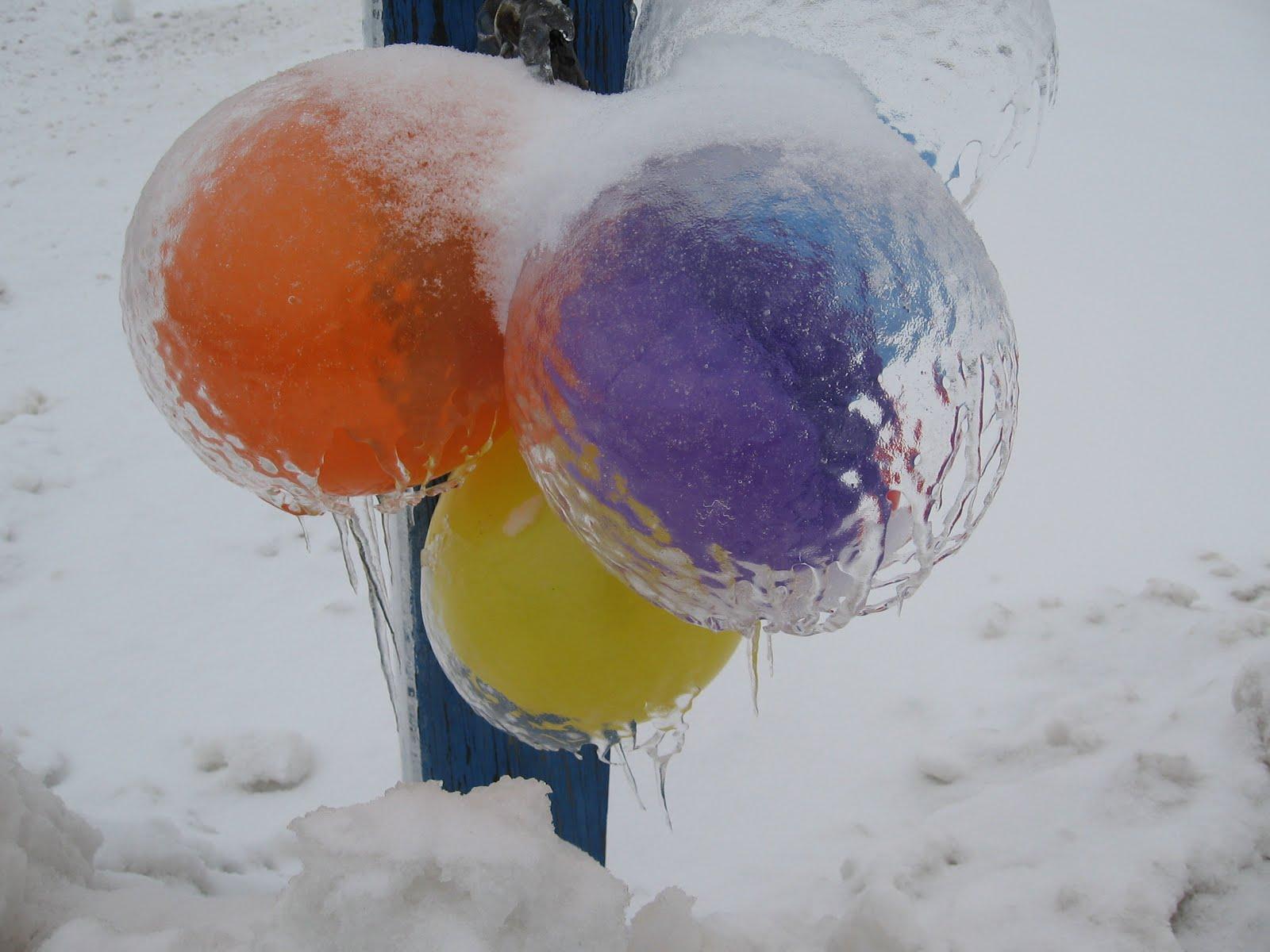 Ice Balloons 76