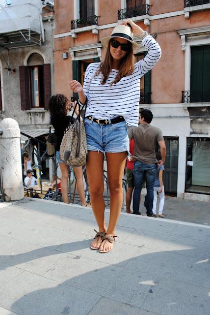 Celebrities denim shorts: 27 New Ways to Style Your Denim Cutoffs