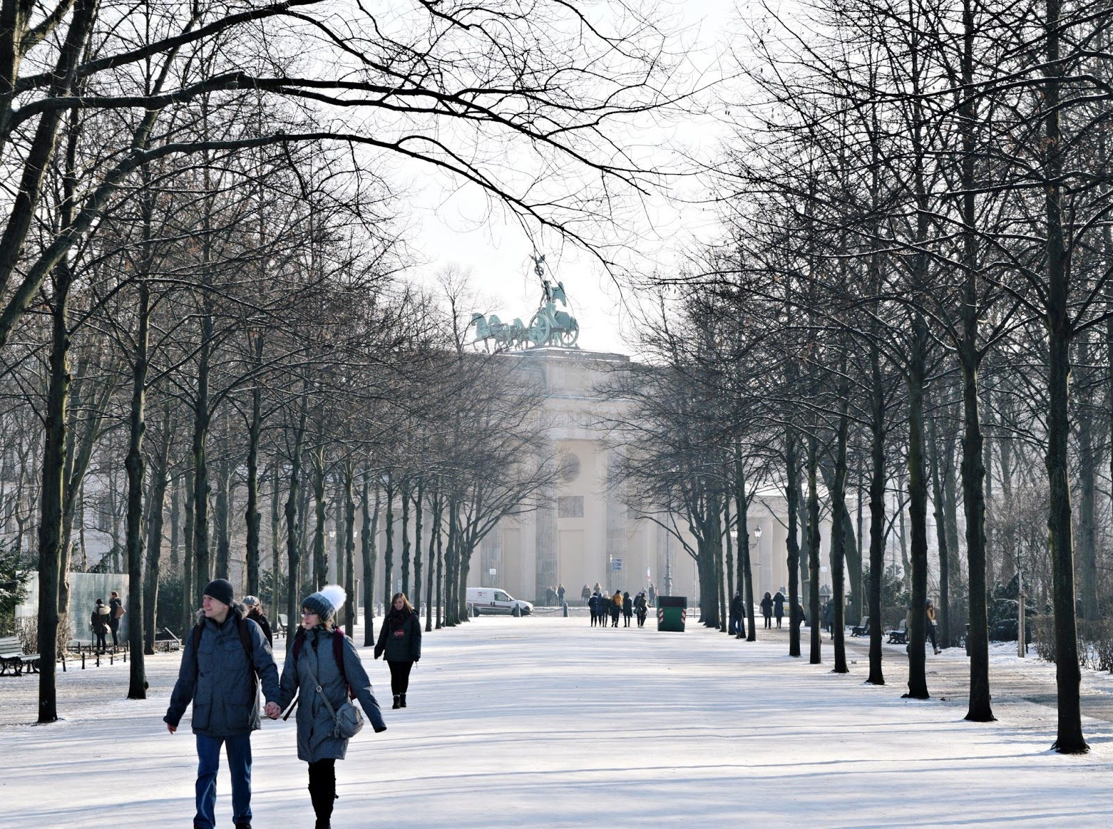 24 hours in berlin brandenberg gate