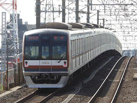 東京メトロ有楽町線 各停 豊洲行き 東武50070系