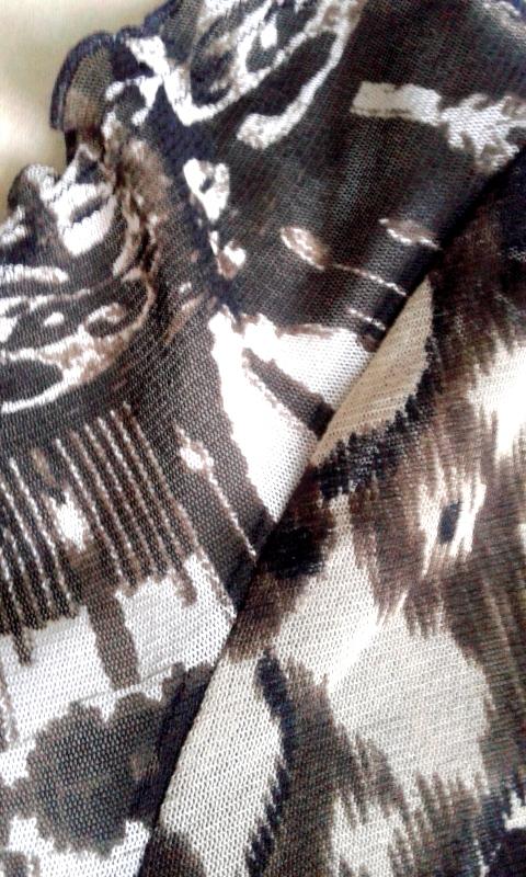 4b7414c275688 Tęczowy stragan )  Siateczkowa bluzeczka etno ) Betty Barclay