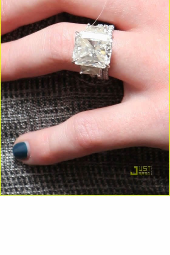 Hilary duff wedding ring