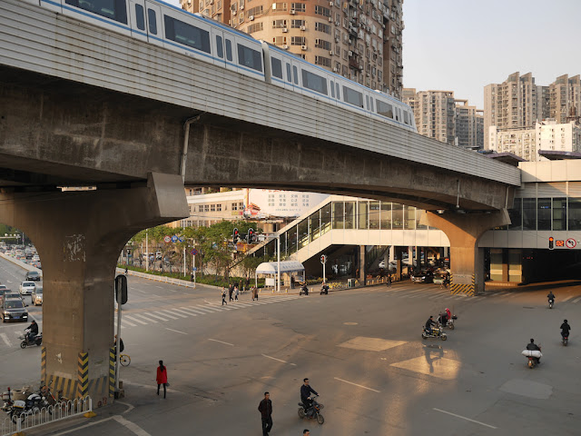 metro train arriving at Dazhi Road Station in Wuhan