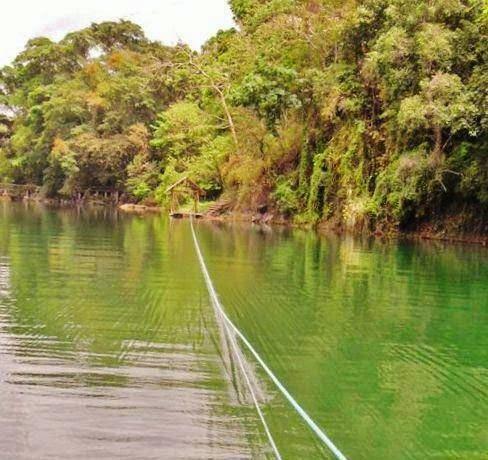 Floating-cottages-in-Balanan-Lake