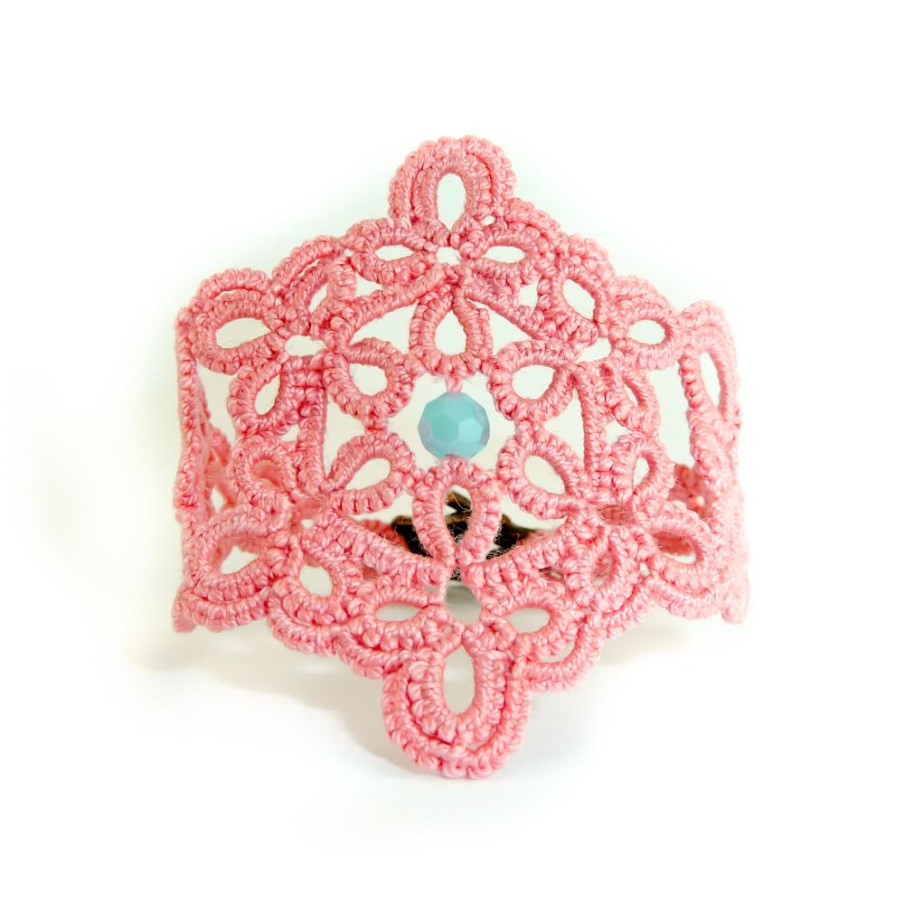 Decoromana Tatted Lace Bracelet In Dusty Pink