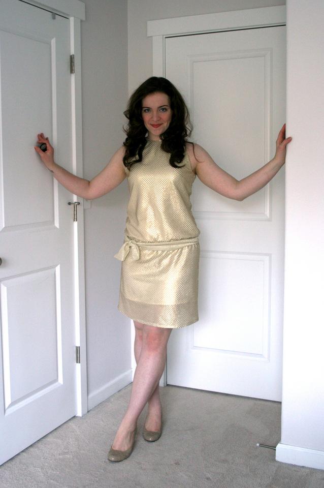 Retro+20's+inspired+gold+sparkle+dress+(4) - Modern Bridesmaid Dresses
