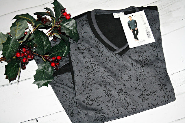 Blackspade Men's Leaf Figure Print Pyjama Set