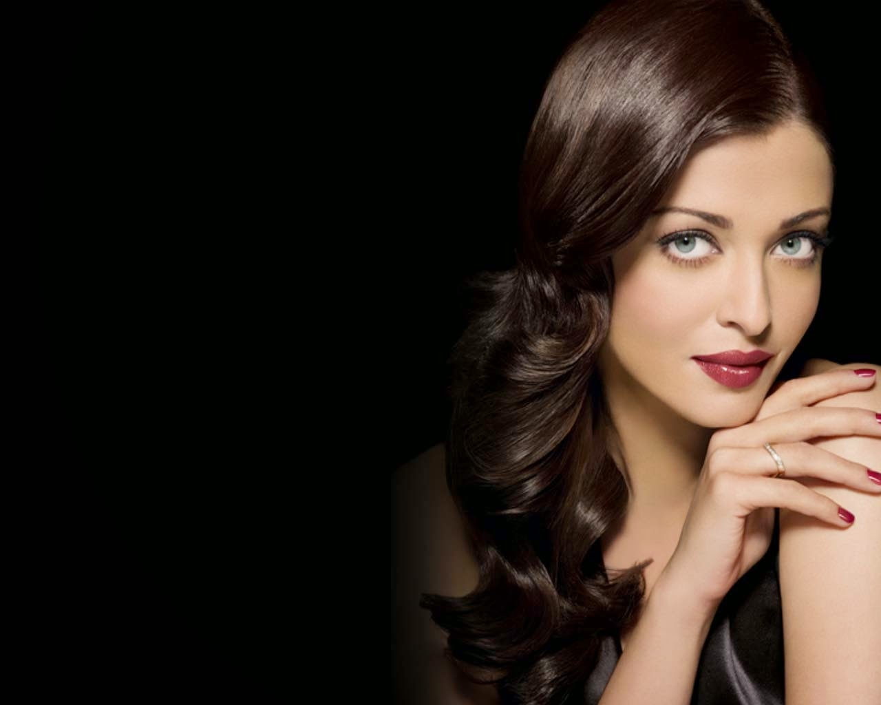 Aishwarya Rai Bachchan Hd Wallpapers: World Celebrities HD Wallpapers