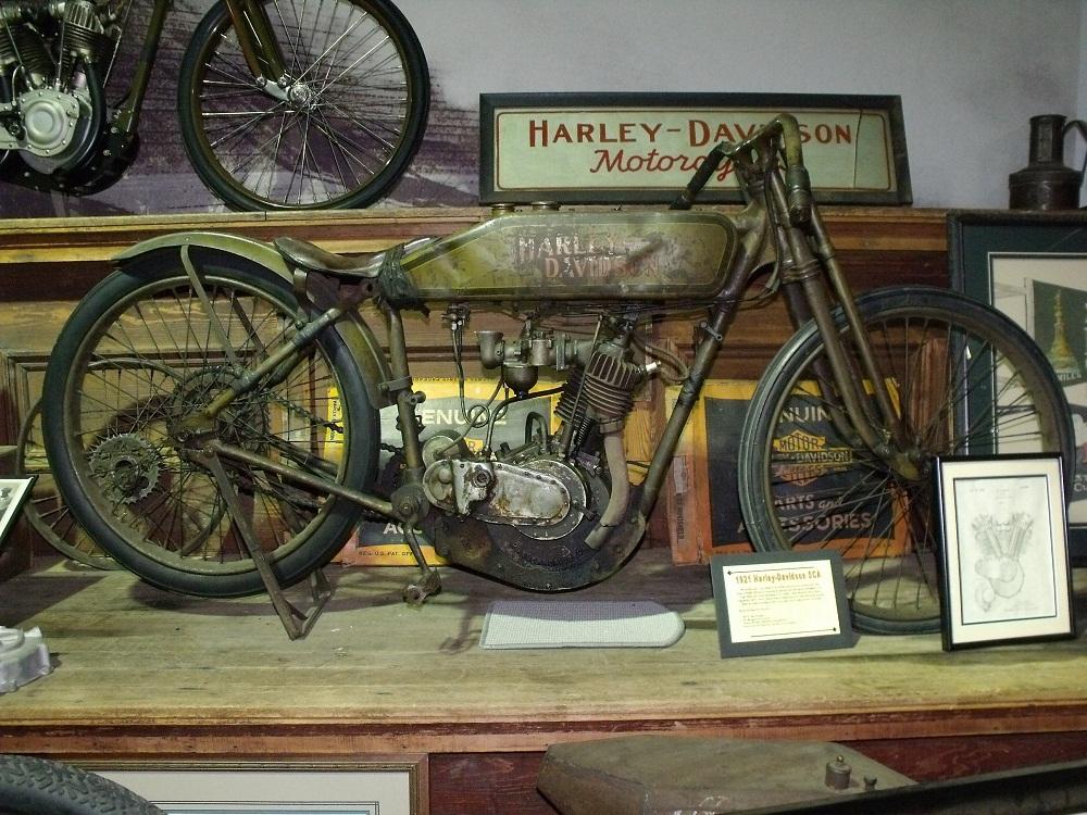 Mototique: Building A 1921 Harley-Davidson Race Engine