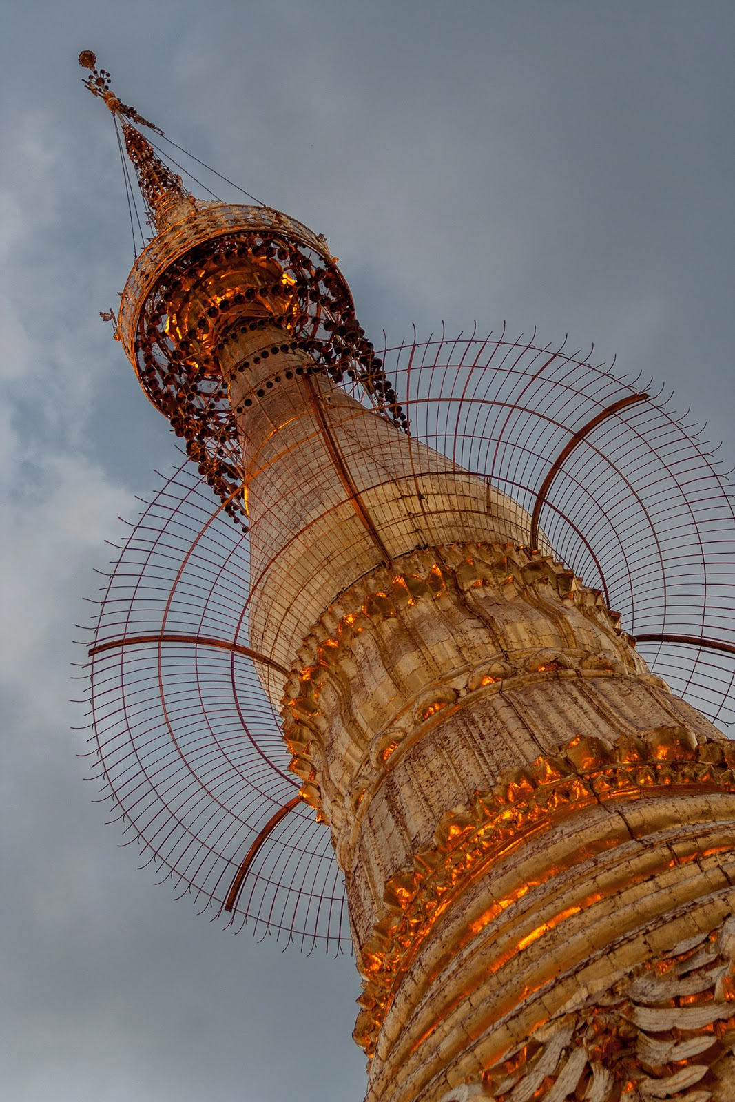 Naung Taw Gyi Pagoda ,Myanmar,Birma
