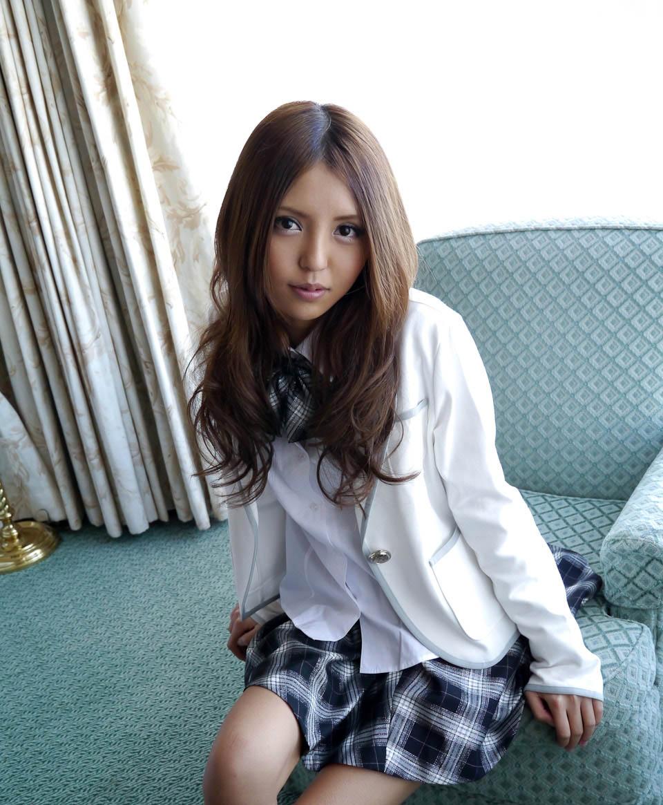 rena konishi sexy japanese schoolgirl cosplay 01