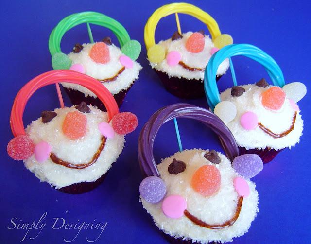 Cupcakes+02a Snowman Cupcakes 7