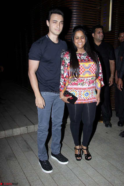 Badrinath Ki Dulhania Success Party by Varun Dhawan 006.JPG