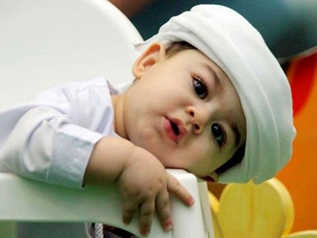 Cute Babies Wallpapers With Quotes In Urdu Muslim Cute Baby Boys And Girls Wallpapers Islamic