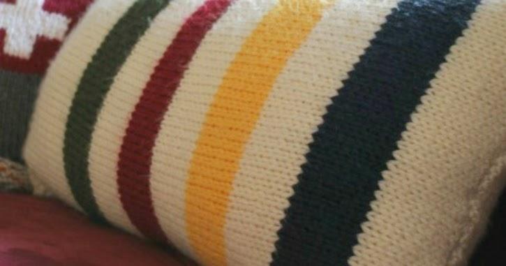 Hudson Bay Blanket Knitting Pattern : Hudsons Bay Blanket Inspired Pillows: A Simple Knitting Pattern for Tota...