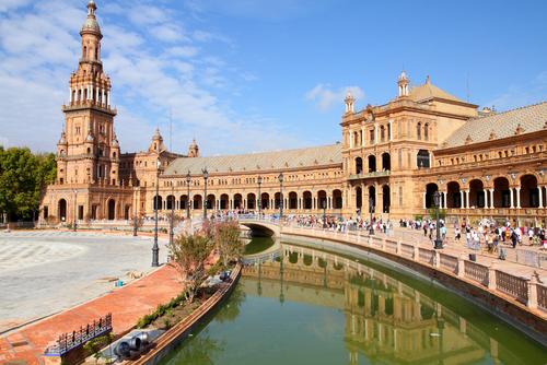 La Plaza de España en Sevilla, turismo en Andalucía
