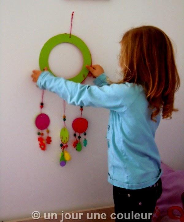 un jour une couleur diy un attrape r ve faire avec les enfants. Black Bedroom Furniture Sets. Home Design Ideas