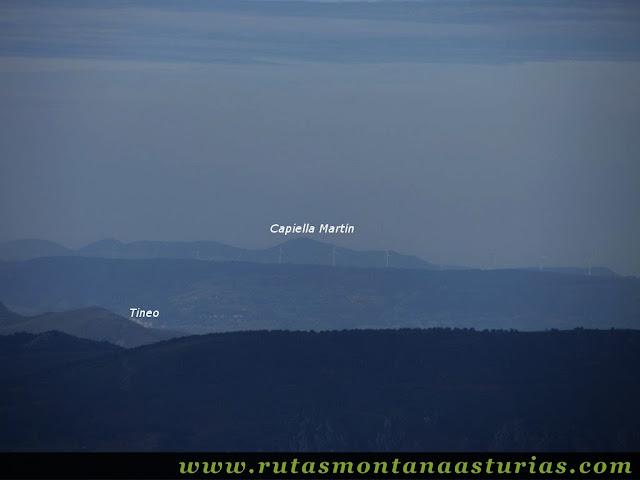 Circular Coañana Saleras: Vista de la Capiella Martín