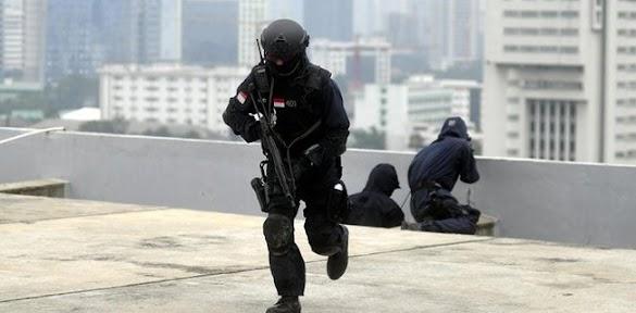 Banyak Serangan Teroris, Jokowi Jangan Dengarkan Moeldoko!