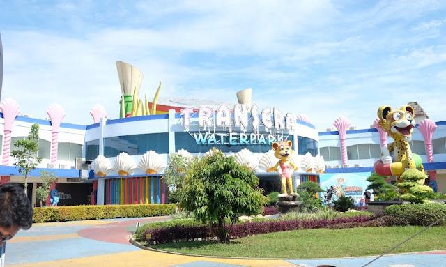 Transera Waterpark Keinginan Indah Bekasi