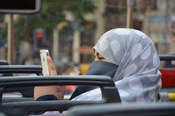Hukum Orang yang Menghina Wanita yang Memakai Penutup Aaurat (Jilbab)