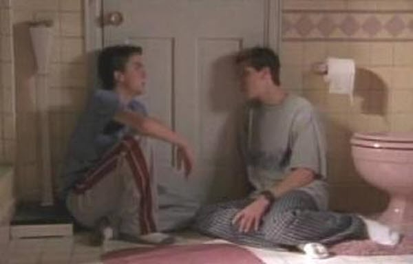 Malcolm in The Middle - Season 3 Episode 06: Health Scare