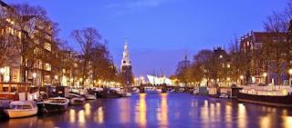 Pour votre voyage Amsterdam, comparez et trouvez un hôtel au meilleur prix.  Le Comparateur d'hôtel regroupe tous les hotels Amsterdam et vous présente une vue synthétique de l'ensemble des chambres d'hotels disponibles. Pensez à utiliser les filtres disponibles pour la recherche de votre hébergement séjour Amsterdam sur Comparateur d'hôtel, cela vous permettra de connaitre instantanément la catégorie et les services de l'hôtel (internet, piscine, air conditionné, restaurant...)