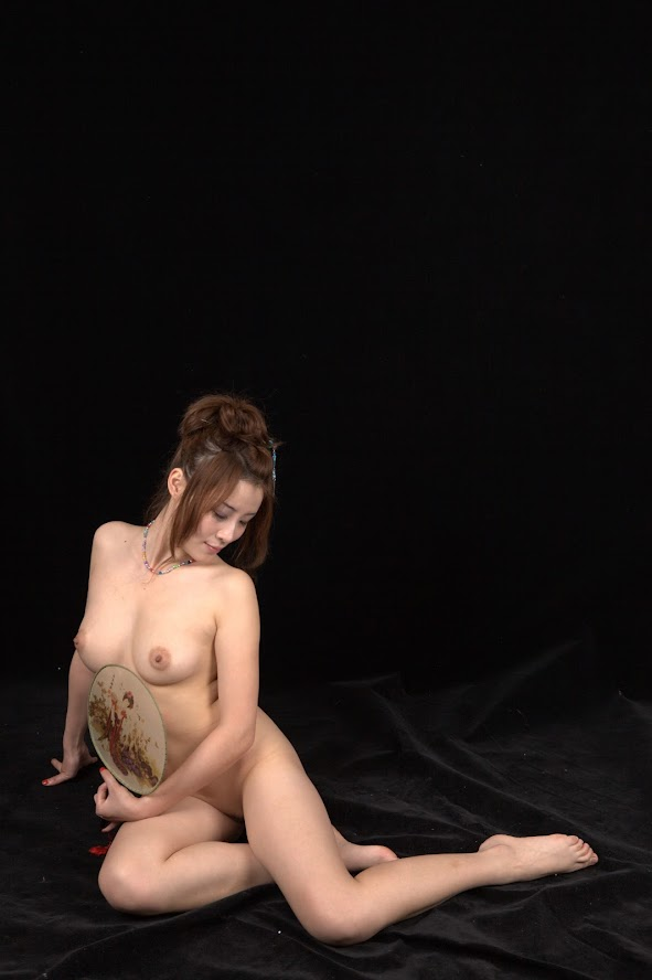 Chinese Nude_Art_Photos_-_109_-_MeiQi_Vol_3 re