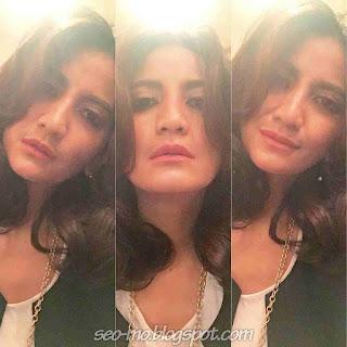 Foto Selfie Natasha Dewanti Terbaru
