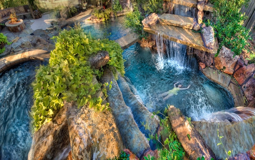 The World's 15 Most Amazing Waterfalls   HuffPost  Top 20 Most Amazing Photos In The World