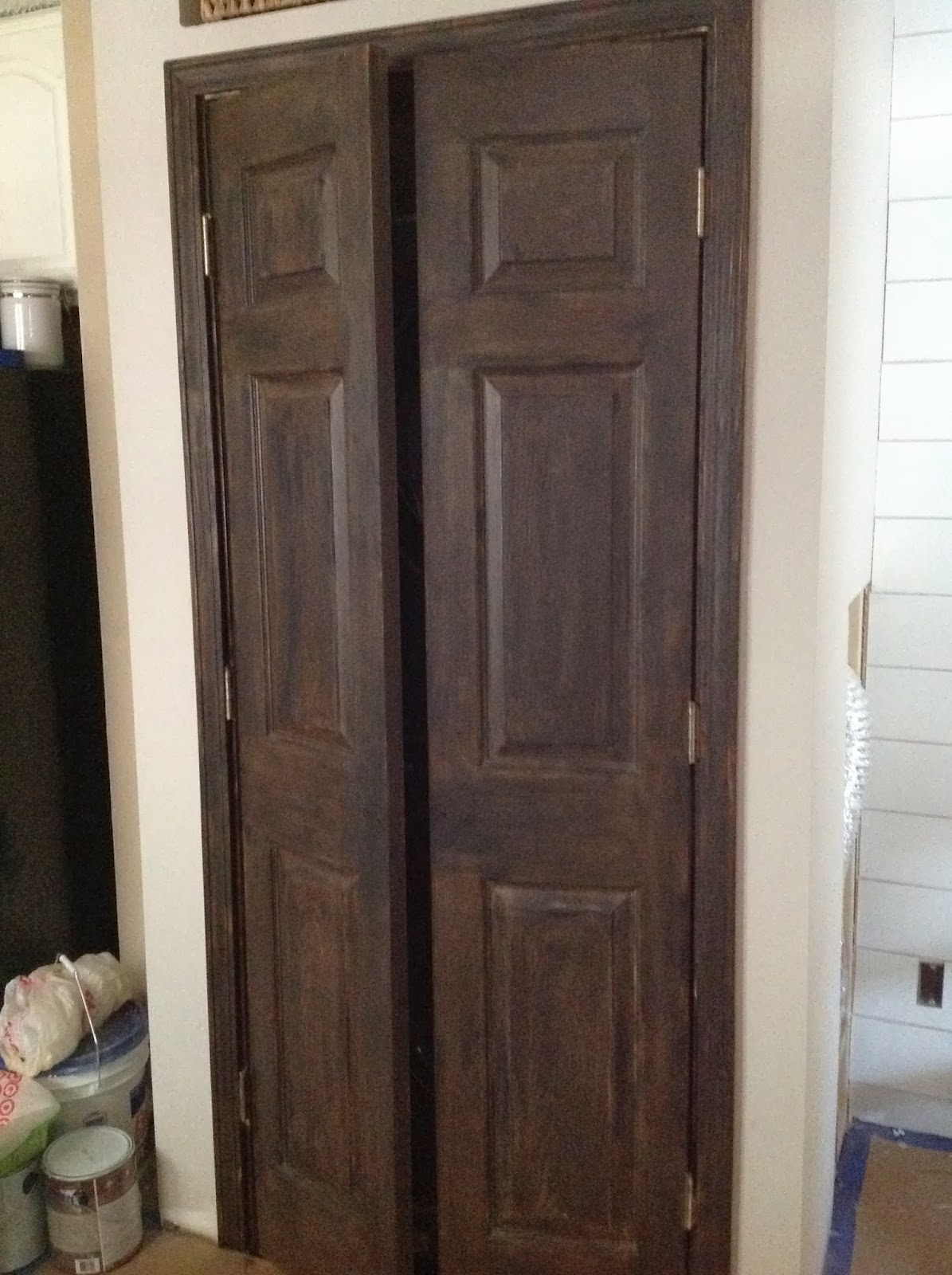 a house full of vintage: DIY faux wood laundry/pantry doors