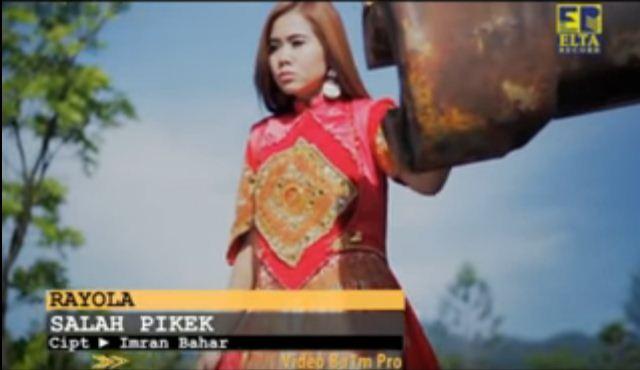 Lirik & MP3 Lagu Minang Rayola - Salah Pikek