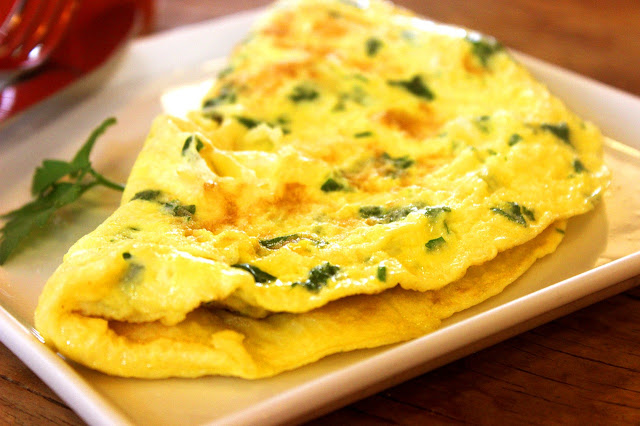 Omelet with Eggs, Onions, Herbs