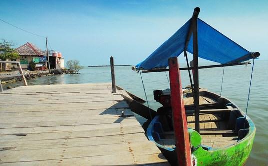 Pesona Wisata Pantai Morosari Sayung Demak