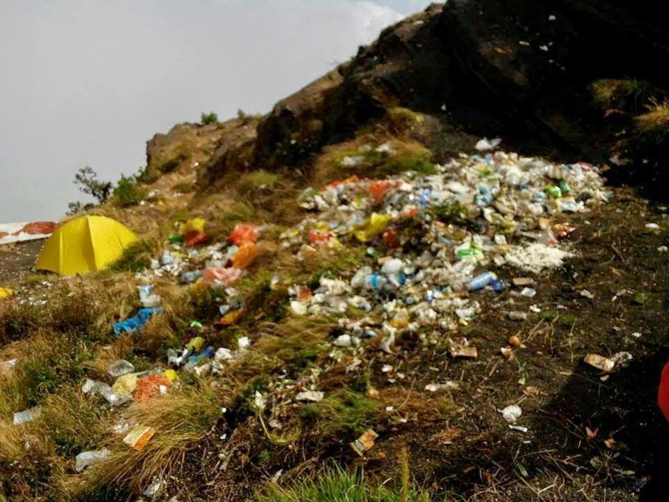 sampah di gunung