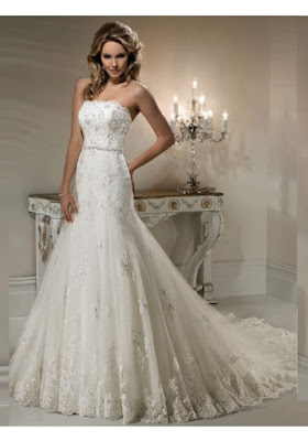 Sukienka ślubna bez ramiączek