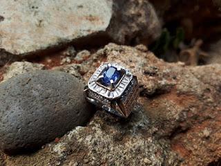 Blue Safir Selon No Heat Similiar To Royal Blue SF014