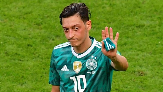 Ozil Sparks Controversy in Germany Reportedly Inviting Erdogan to His Wedding