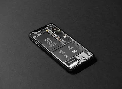 Why the Battery of a Mobile Phone is a Blast