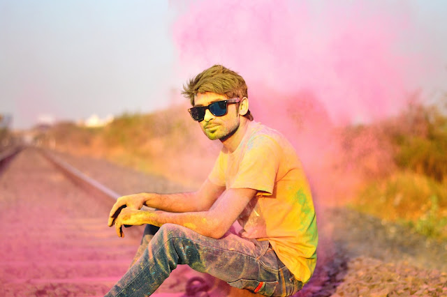 Happy Holi images, Holi 2017 images, Holi HD Wallpapers, Holi Celebration Images, Holi Whatsapp Images, Holi Wishes Images, Holi HD Images