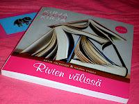 http://villasukkakirjahyllyssa.blogspot.fi/search/label/Pudas%20Hanna